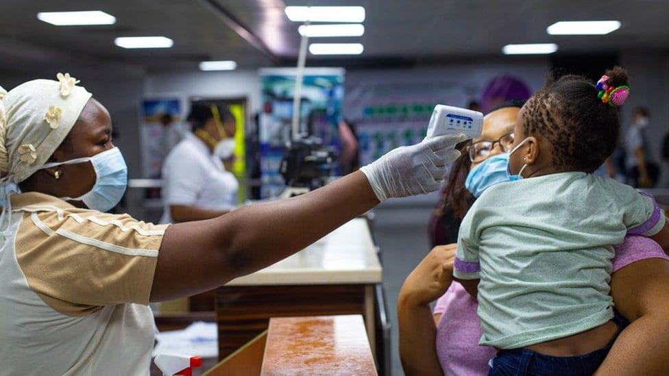 Nigeria : 6 personnes sur 10 prêtes pour le vaccin Covid-19