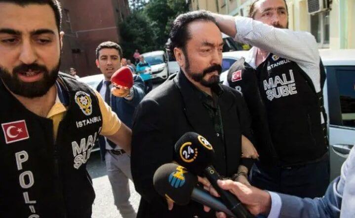 Turquie : Un gourou condamné à plus de 1.000 ans de prison