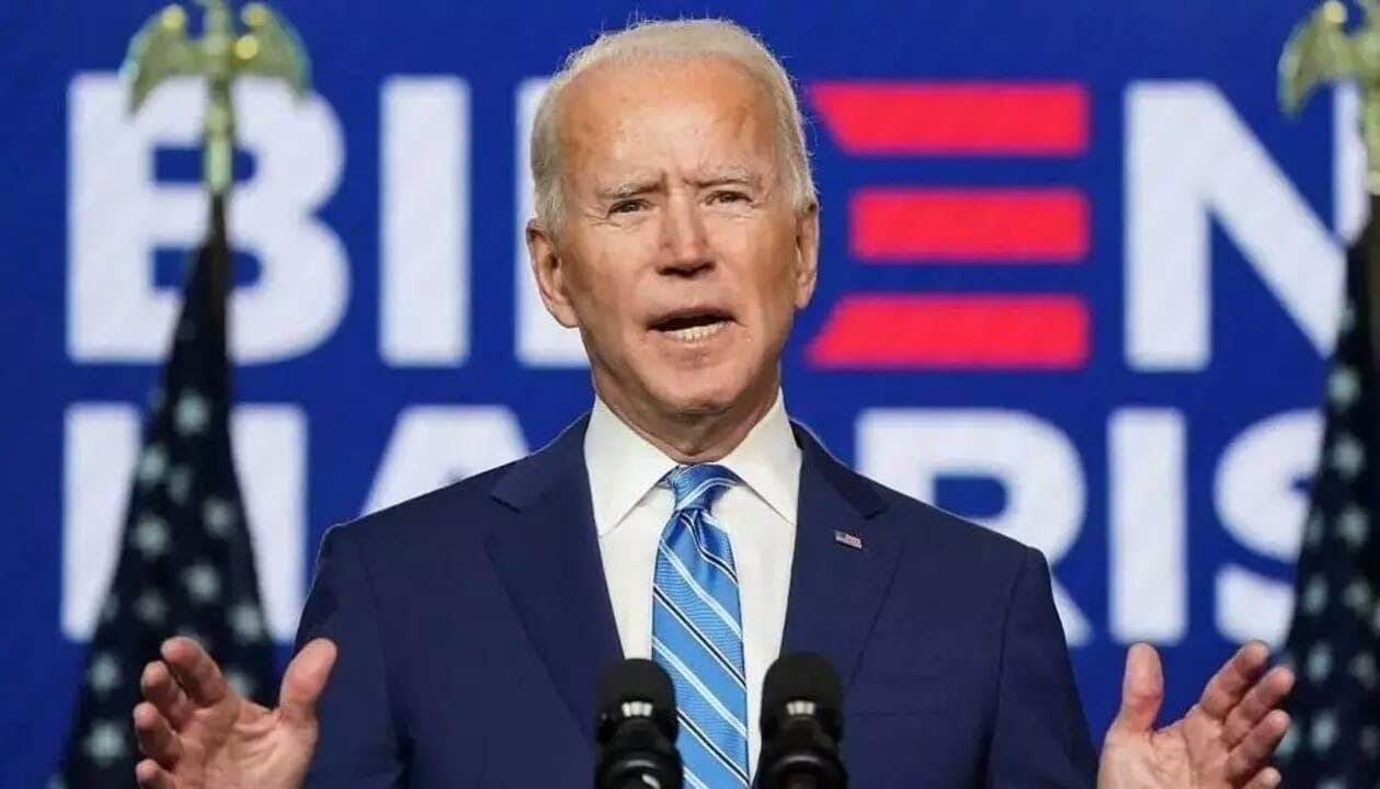 "Une incroyable vidéo sur des gestes ""pédophiles"" de Joe Biden explose la toile"