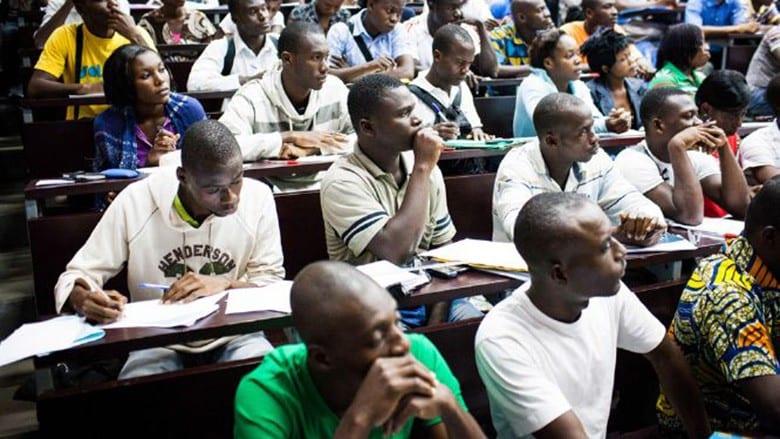 Bénin: les boursiers qui refuseront de servir l'Etat iront tous en prison