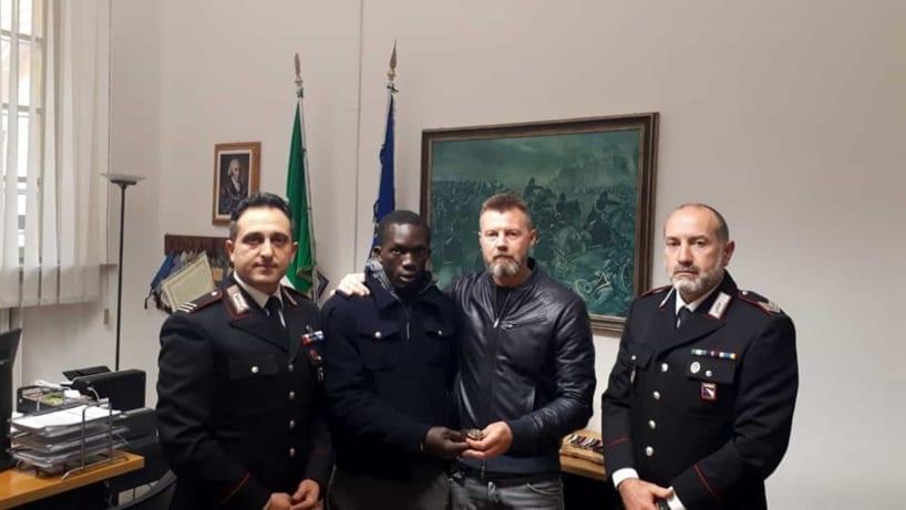 Italie :un migrant sénégalais trouve un travail grâce à une montreperdue