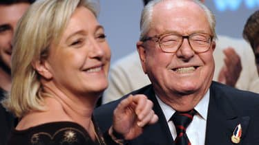 France : à 92 ans, Jean-Marie Le Pen se marie religieusement en secret