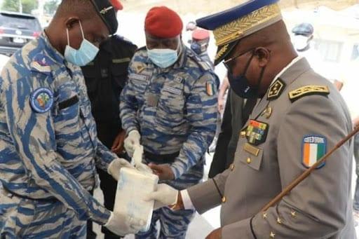 Côte d'Ivoire : la gendarmerie saisit une tonne de cocaïne d'une valeur de 25 milliards FCFA