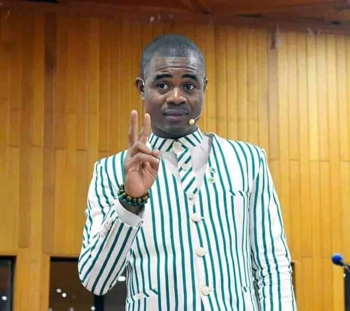 Burkina Faso :le coach SimonOuedraogodonne une importante leçon auxjeunes