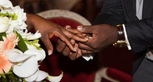 Zambie : après 7 ans de relation, il quitte sa femme pour se marier à la domestique