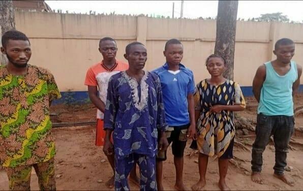 Lagos: Une Famille De 6 Personnes Arrêtées Pour Avoir Dirigé Un Syndicat De Kidnappeurs