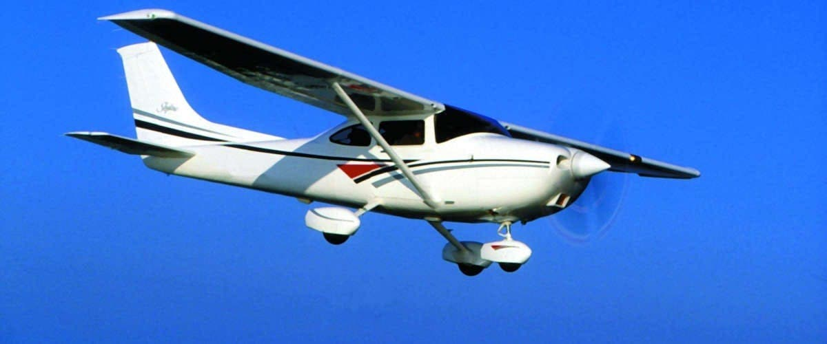 Usa : Un Avion Percute Un Véhicule, 3 Morts (Vidéo)