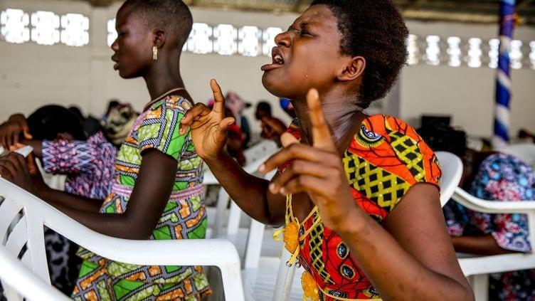 Togo : Pour 40 % de la population, la prière est plus efficace que le vaccin Covid-19