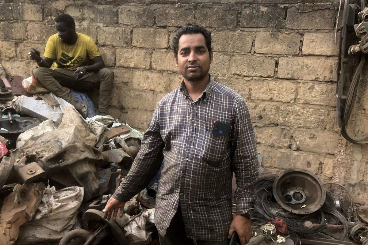 Habibur Rahman, l'histoire d'un Bangladais ferrailleur au Sénégal