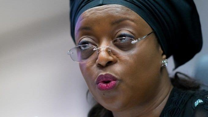 Nigeria : une ministre vole 153 millions de dollars et achète près de 100 maisons