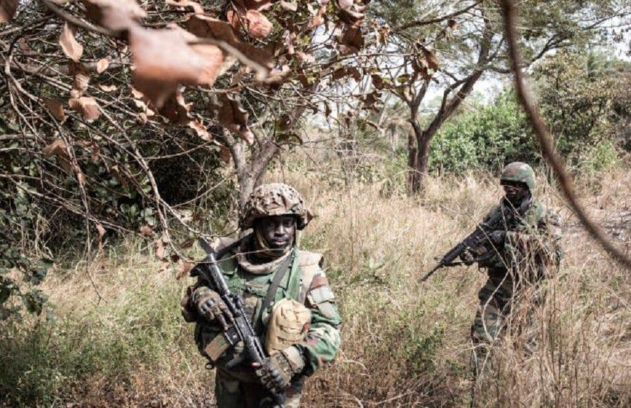 Sénégal: l'armée bombarde les bases rebelles