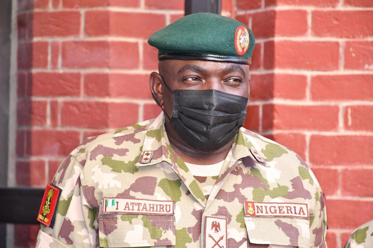 Nigéria : le chef de l'armée meurt dans un accident d'avion