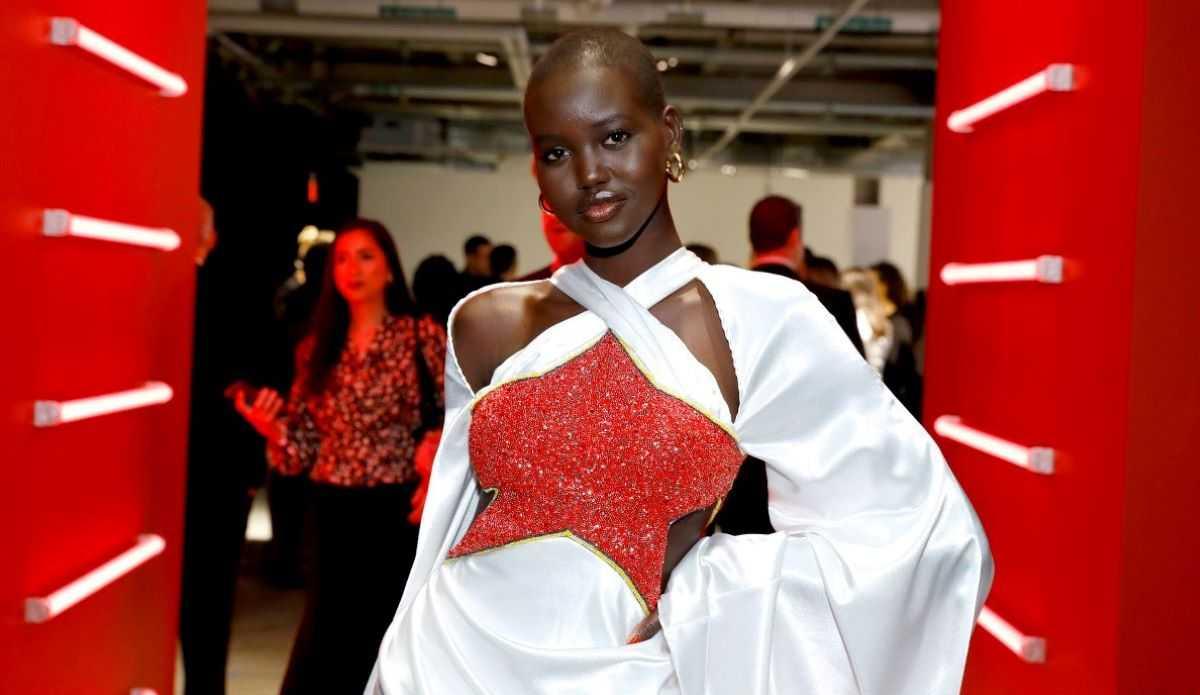 Adut Akech, nouvelle ambassadrice mondiale de la marque Estée Lauder