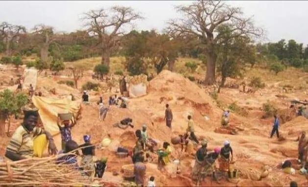 Après l'attaque de Solhan, le gouvernement burkinabè prend des mesures