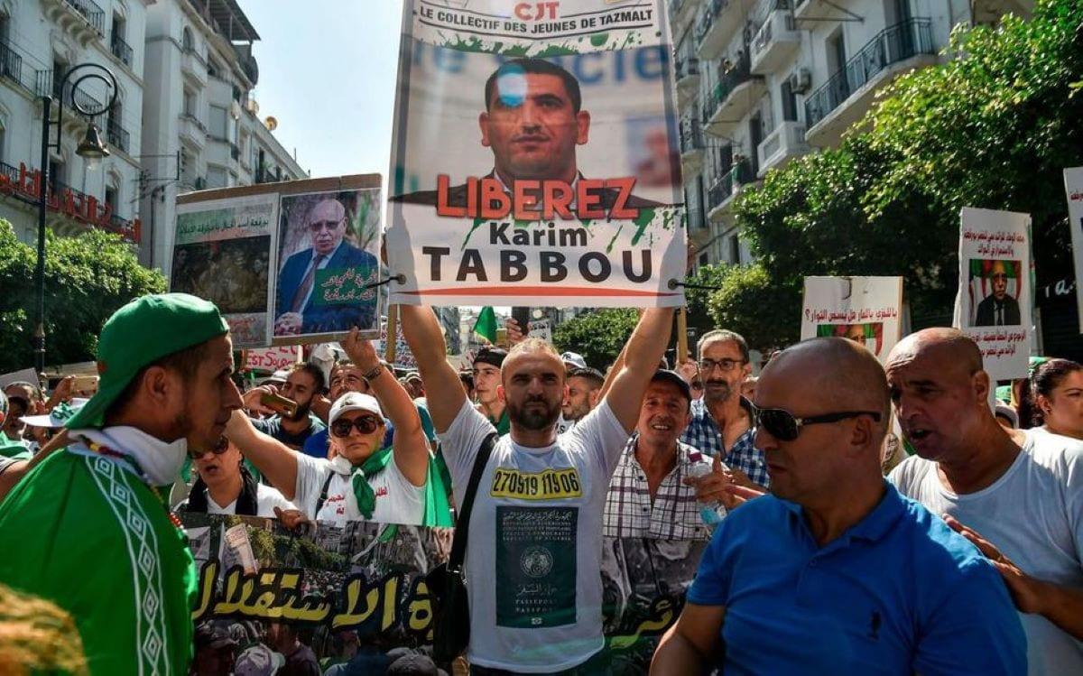 Arrestation En Algérie De La Figure Du Hirak Karim Tabbou, À Deux Jours Du Vote
