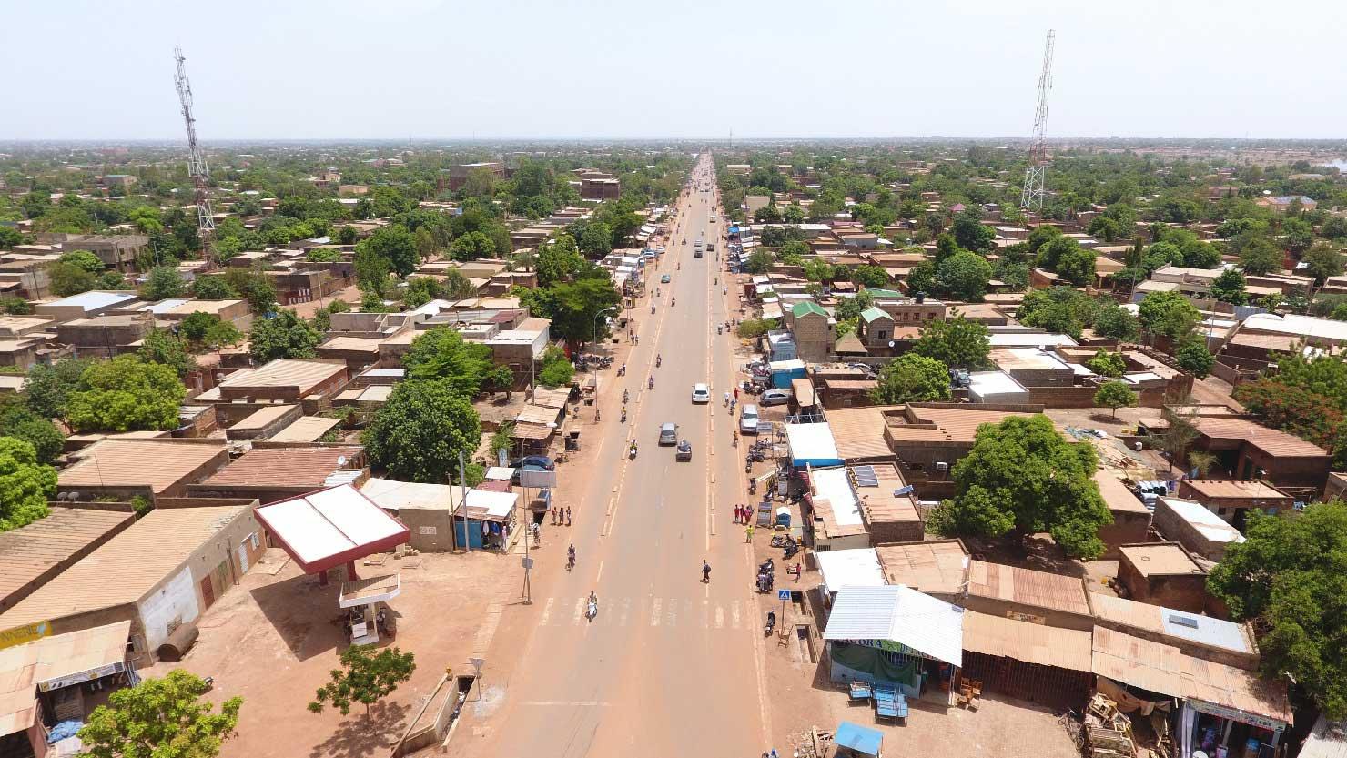Burkina : le gouvernement lance un appel aux exilés politiques
