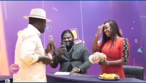 Cameroun: l'humoriste Kalagan demande Charlotte Dipanda en mariage