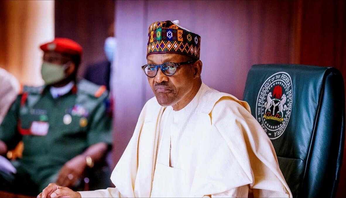 Twitter supprime un message du président Buhari, la raison