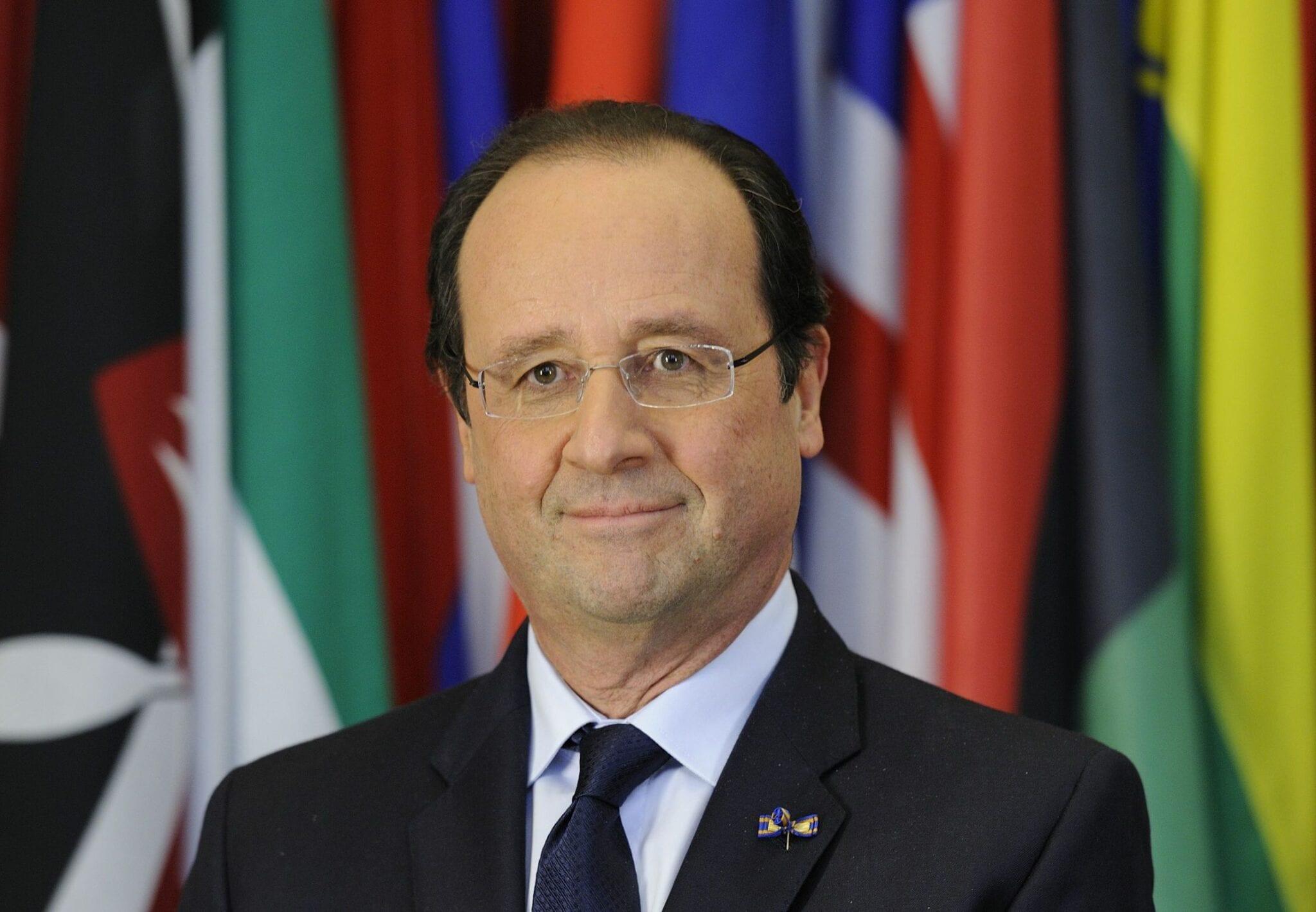 François Hollande réagit suite à la gifle reçue par Macron