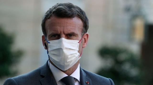 Emmanuel Macron se fait gifler, il a failli se battre (vidéo)