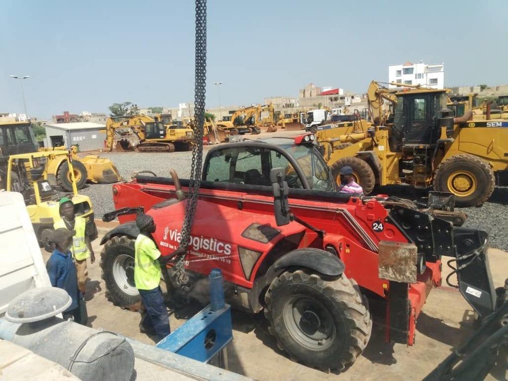 Choisissez Via Logistics pour vos besoins de LOCATION DE GRUES, CAMIONS, NACELLES au Sénégal – DAKAR